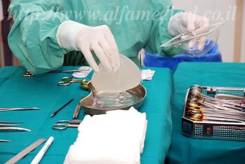Грудные импланты. Пластика груди в Израиле